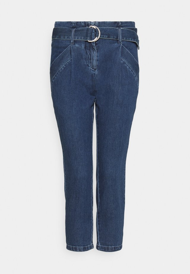 VMBAILEY PAPERBAG BELT - Jeansy Relaxed Fit - medium blue denim