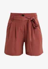 Vero Moda Petite - VMSELINA - Shorts - mahogany - 3