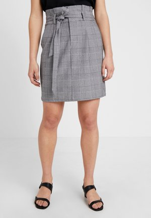 VMEVA PAPERBAG SHORT CHECK - Kynähame - grey/white