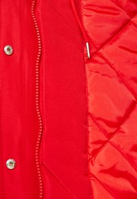 Vero Moda Petite - VMTRACK EXPEDITION - Parka - chinese red - 5