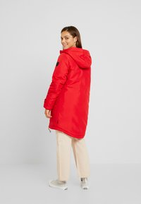 Vero Moda Petite - VMTRACK EXPEDITION - Parka - chinese red - 3