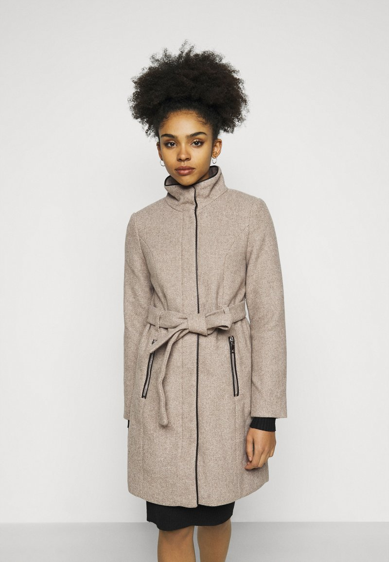 Vero Moda Petite - VMCLASSBESSY JACKET - Classic coat - sepia tint/melange
