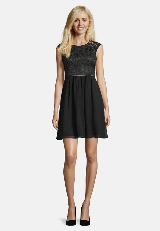 MIT SPITZE - Cocktail dress / Party dress - black
