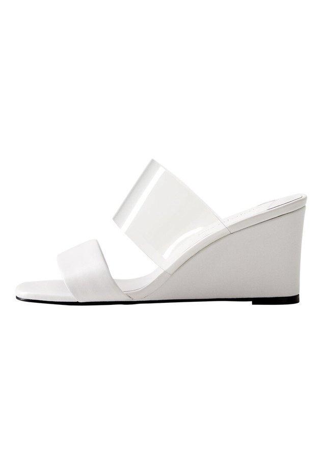 PAULA - Sandales compensées - weiß