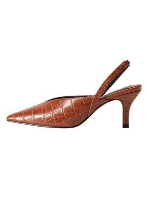 BELONG - Classic heels - braun