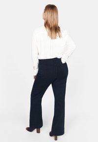 Violeta by Mango - CHRISTIN - Flared Jeans - dark navy blue - 2