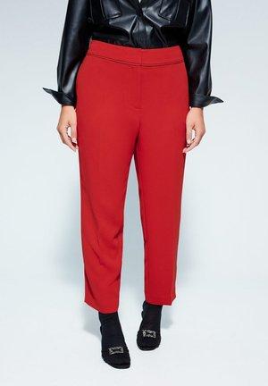 VANILA - Pantalon classique - rot