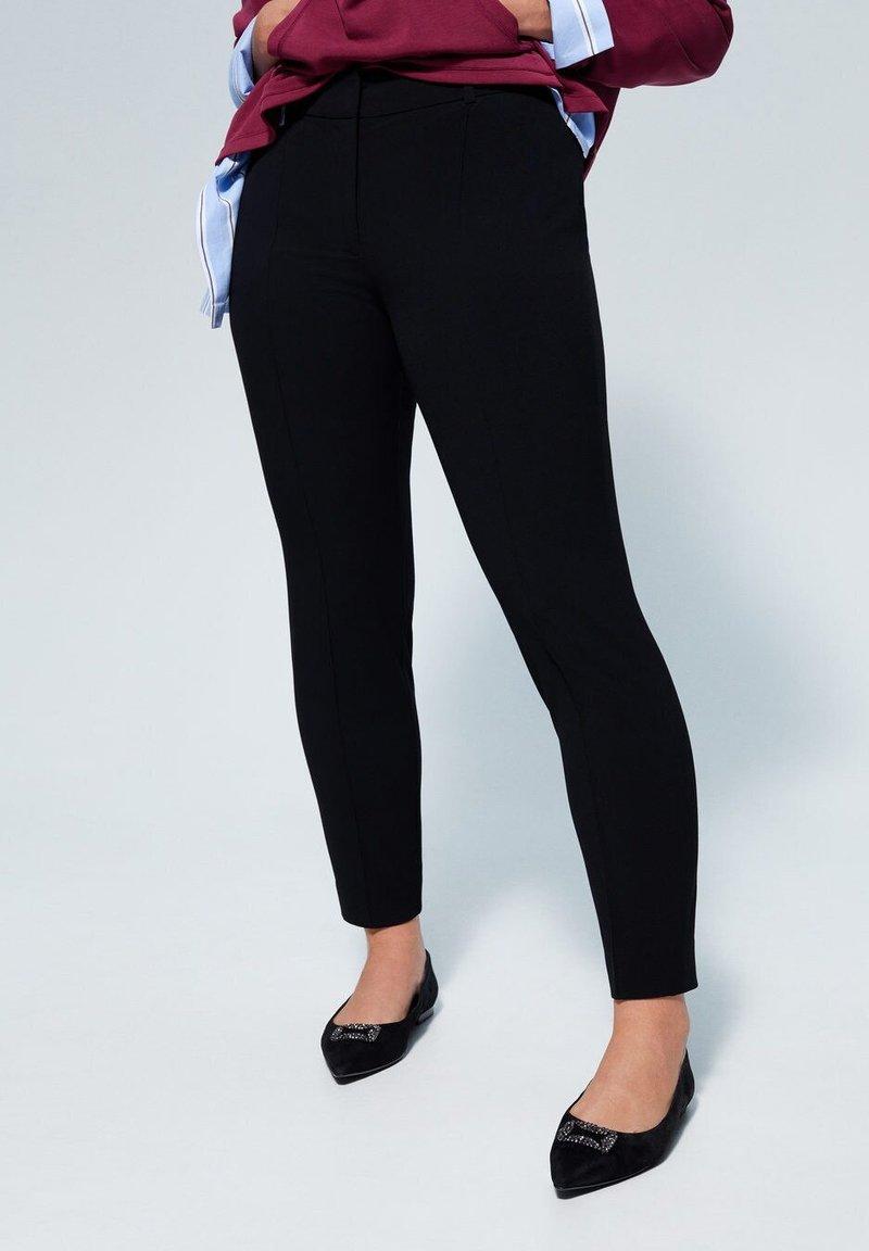 Violeta by Mango - SLIPY - Spodnie materiałowe - black