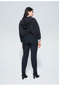 Violeta by Mango - XIPY - Spodnie materiałowe - dunkles marineblau - 2