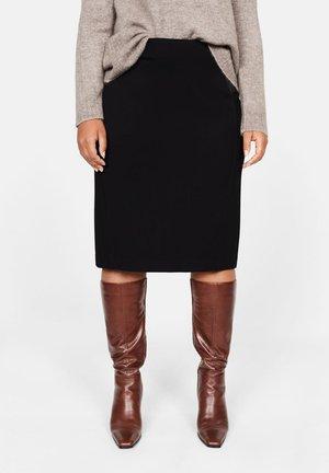 CHOP - Falda de tubo - black