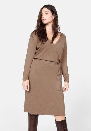 AGORA - Jumper dress - medium brown