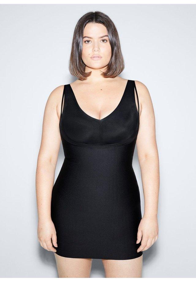 SHAPE - Korte jurk - schwarz