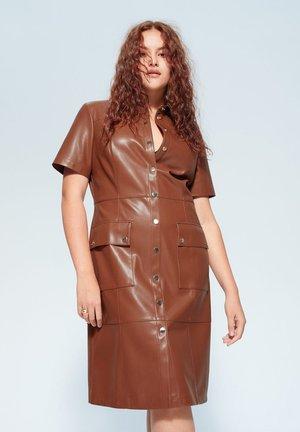 LELA - Vestido camisero - braun