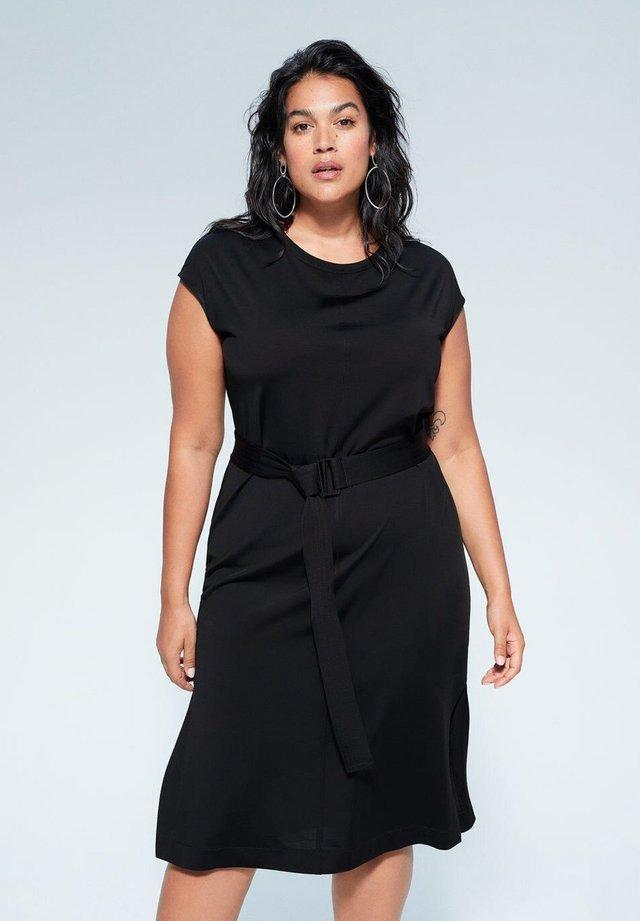 SAFOI - Korte jurk - zwart