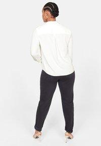 Violeta by Mango - SEDI - Button-down blouse - cream white - 2