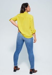 Violeta by Mango - SEDI - Button-down blouse - lime - 2