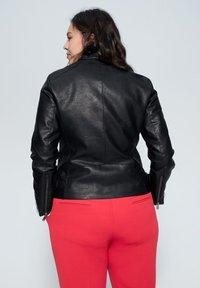 Violeta by Mango - BARROW - Faux leather jacket - black - 2