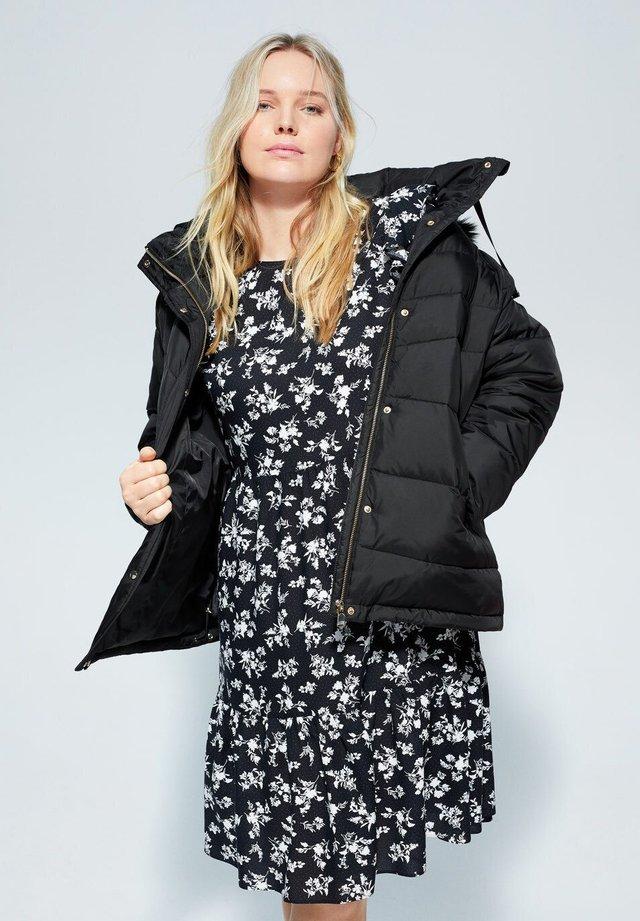 ERNI - Winter coat - schwarz