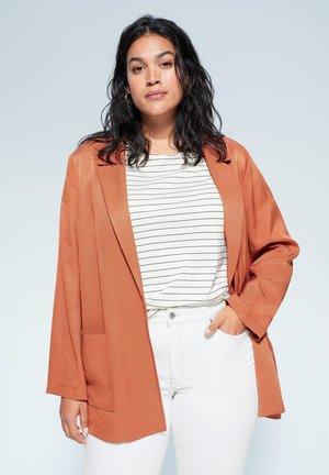 LUCIA - Short coat - koper