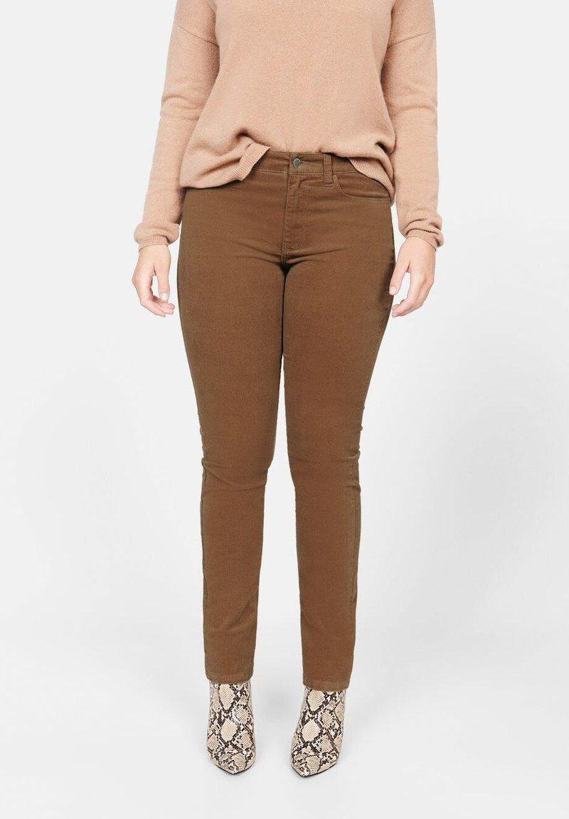 Violeta by Mango - PANI - Pantalon classique - brown