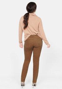 Violeta by Mango - PANI - Pantalon classique - brown - 2