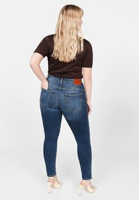 Violeta by Mango - IRENE - Jeans Skinny Fit - dark blue - 2