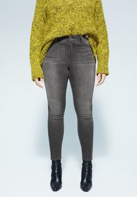 Violeta by Mango - IRENE - Slim fit jeans - denim grau - 0