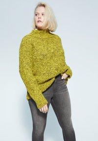 Violeta by Mango - IRENE - Slim fit jeans - denim grau - 3