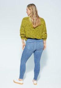 Violeta by Mango - IRENE - Jeans Skinny Fit - hellblau - 2