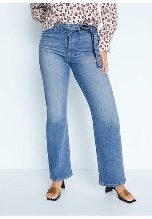 CHRISTIE - Flared jeans - mittelblau