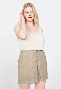 Violeta by Mango - RINGO - Shorts - sand - 0