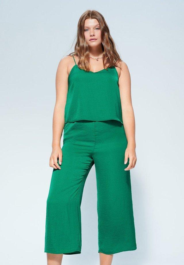 LARGA6 - Jumpsuit - grün