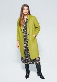 Violeta by Mango - BANS - Classic coat - lime - 1