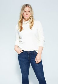 Violeta by Mango - ANDREA - Slim fit jeans - dunkelblau - 3