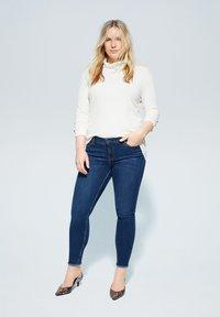 Violeta by Mango - ANDREA - Slim fit jeans - dunkelblau - 1