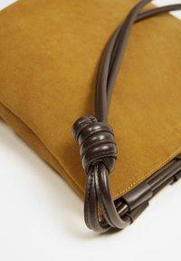 Violeta by Mango - NUDOS - Tote bag - medium brown - 3