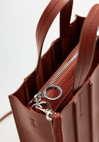 Violeta by Mango - ACORDEON - Shopping Bag - red - 3