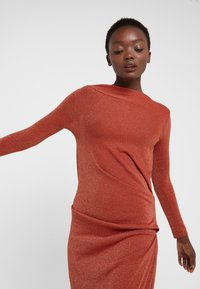 Vivienne Westwood Anglomania - TAXA DRESS - Jersey dress - rust - 3