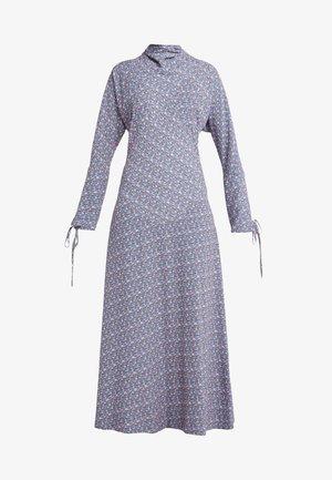 POLO NECK DRESS - Denní šaty - multi