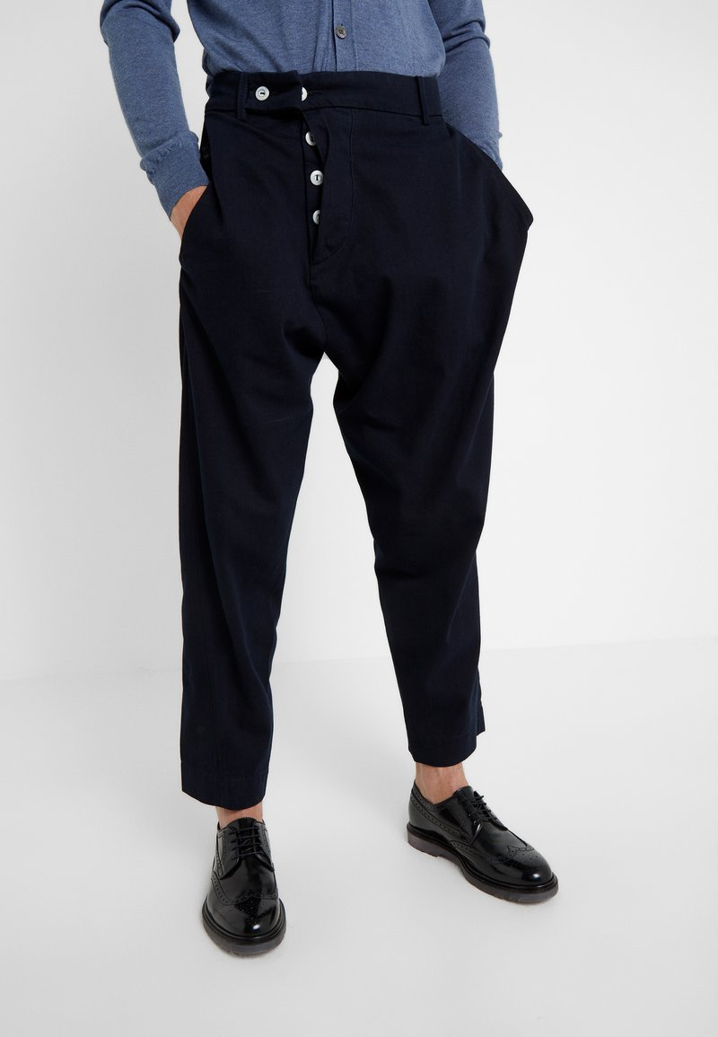 Vivienne Westwood Anglomania - ALCOHOLIC TROUSERS - Broek - indigo
