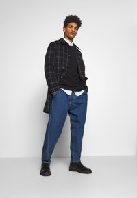 Vivienne Westwood Anglomania - ALCOHOLIC - Jeans Relaxed Fit - blue - 5