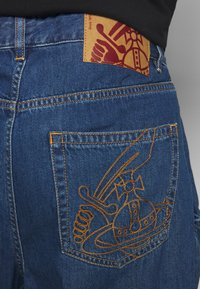 Vivienne Westwood Anglomania - ALCOHOLIC - Jeans Relaxed Fit - blue - 4
