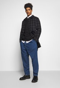 Vivienne Westwood Anglomania - ALCOHOLIC - Jeans Relaxed Fit - blue - 1