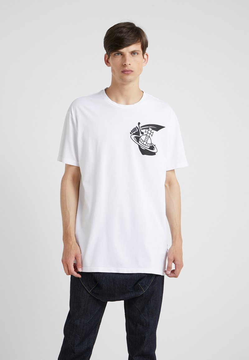 Vivienne Westwood Anglomania - NEW BOXY ARM CUTLASS - T-shirts med print - white