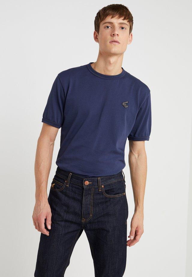 NEW CLASSIC BADGE - T-shirts basic - navy
