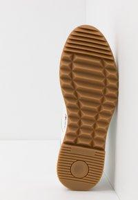 Vivienne Westwood - ELCHO - Sneakers laag - white - 4