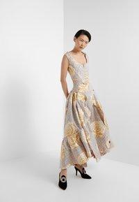 Vivienne Westwood - FROU FROU SKIRT - Maxi sukně - natural - 1