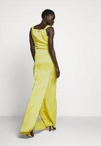 Vivienne Westwood - LONG GINNIE DRESS - Iltapuku - yellow - 6