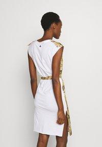 Vivienne Westwood - PILLOWCASE DRESS - Denní šaty - white - 2