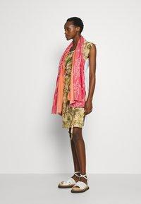 Vivienne Westwood - PILLOWCASE DRESS - Denní šaty - white - 1